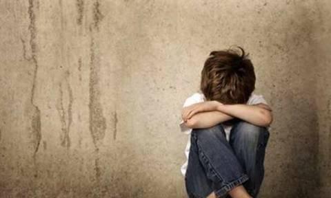 Φρίκη: Αυτή είναι η γυναίκα που βίασε εννιά παιδιά από το συγγενικό της περιβάλλον (pics)