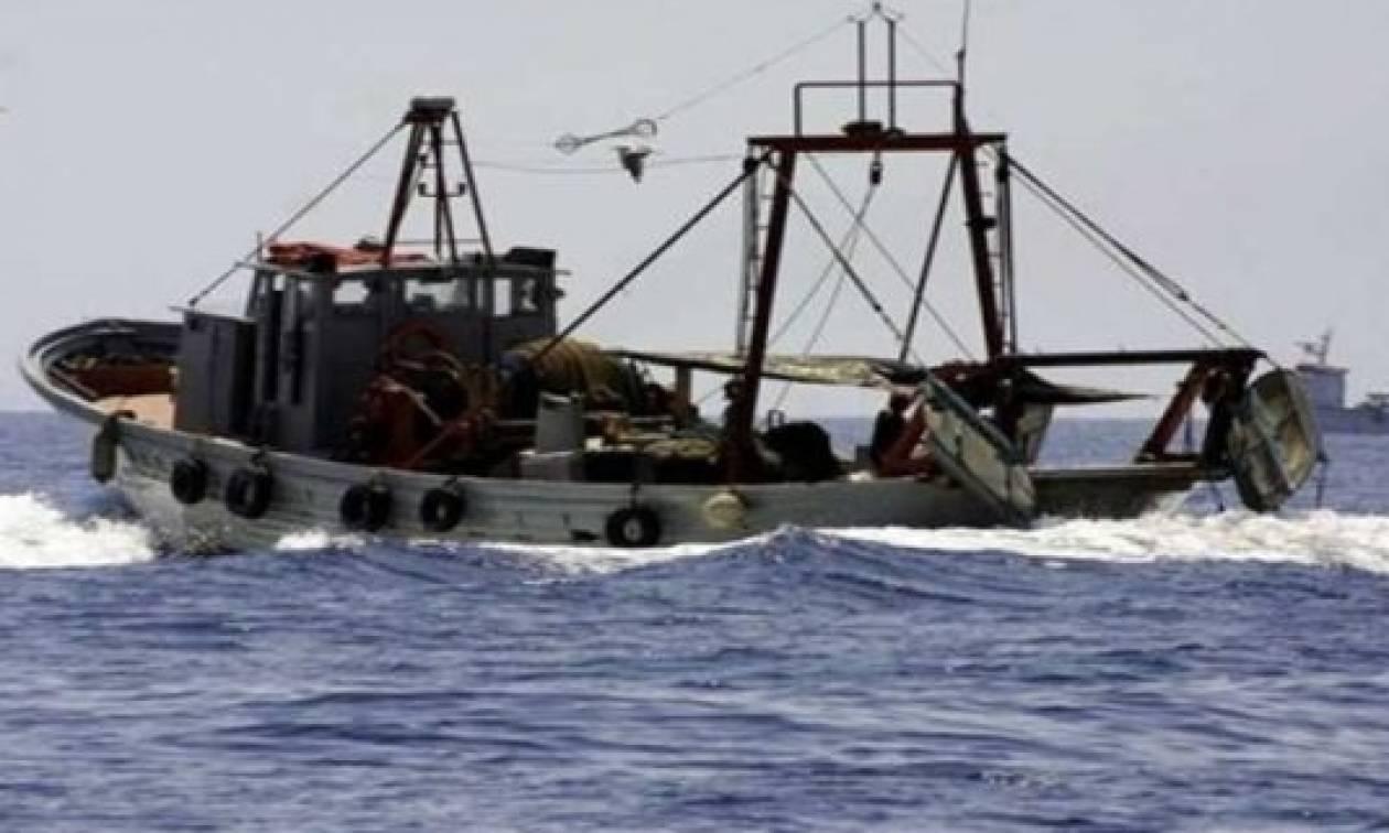 Καταγγελία - Μπαράζ προκλήσεων από τουρκικά αλιευτικά στο Αιγαίο