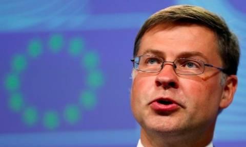 Ντομπρόβσκις: Εφικτό το κλείσιμο της αξιολόγησης έως το τέλος του 2017