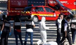 «Συναγερμός» στο Παρίσι μετά τον εντοπισμό ύποπτων συσκευών κάτω από φορτηγά