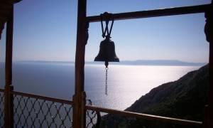 Σφοδρή παρέμβαση από το Άγιο Όρος : Τσίπρα κάνε δημοψήφισμα τώρα αν τολμάς