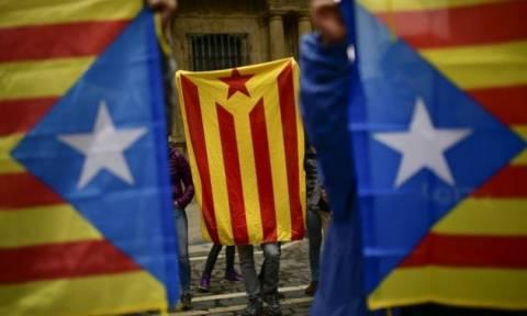Τη διακήρυξη της ανεξαρτησίας τους ετοιμάζουν στην Καταλονία παρά τις πιέσεις της Μαδρίτης