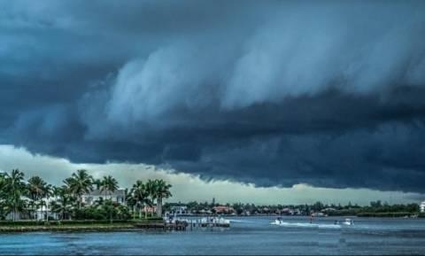 Συναγερμός στις ΗΠΑ: Ο φονικός κυκλώνας Νέιτ κινείται προς τη Λουιζιάνα - Τους 28 έφθασαν οι νεκροί