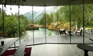 Το πιο όμορφο σπίτι από ταινία έγινε ξενοδοχείο!