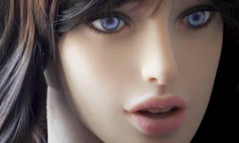 Ώρα να μιλήσουμε για σεξ με ρομπότ: Οι «καυτές» λεπτομέρειες που αποκαλύπτουν διεθνείς έρευνες