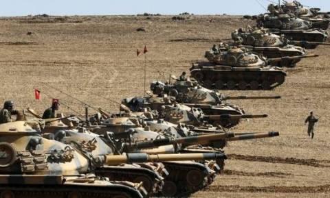 Ραγδαίες εξελίξεις: Τουρκικά στρατιωτικά οχήματα εισέβαλαν στη Συρία