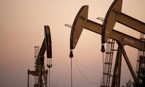 Όλα ανοιχτά για τη συμφωνία μείωσης της παγκόσμιας παραγωγής πετρελαίου