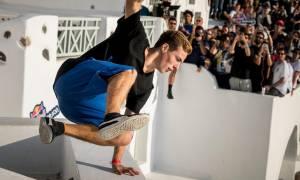 Украинец стал победителем соревнований по паркуру, которые состоялись на Санторини