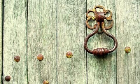 Δράμα: Άνοιξαν την πόρτα του σπιτιού και έμειναν «άφωνοι» με αυτό που είδαν