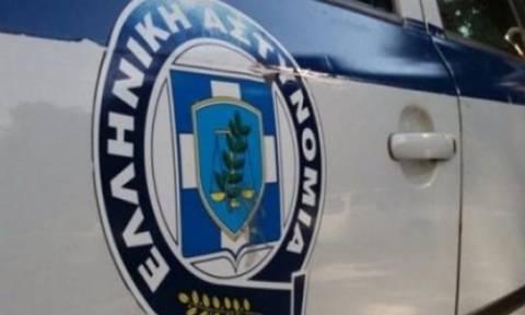Συναγερμός για ένοπλο που κυκλοφορεί ελεύθερος στο κέντρο της Αθήνας