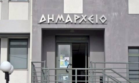 Τι μισθό παίρνουν ο δήμαρχος και ο περιφερειάρχης στην Ελλάδα;
