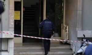 Ανατριχιαστικές καταθέσεις για το έγκλημα στην Καλλιθέα: Τον σκότωσε μπροστά στα μάτια του γιου τους