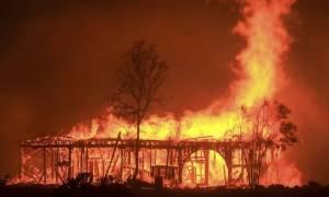 Σκηνές Αποκάλυψης στην Καλιφόρνια: Στους 33 οι νεκροί από τις πυρκαγιές (video)
