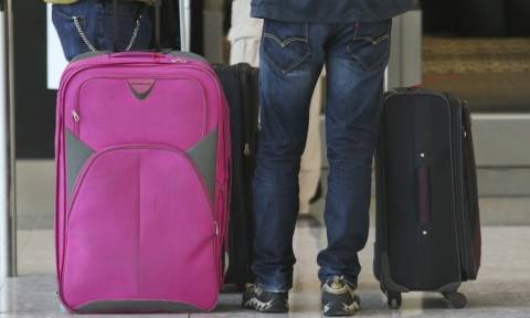 Γαλλία: Κρύβονταν σε... βαλίτσες και έκλεβαν τις αποσκευές άλλων επιβατών