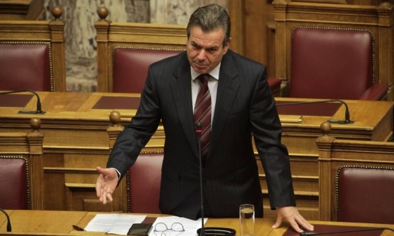 Πετρόπουλος: «Εξωδικαστικός συμβιβασμός για παλιές οφειλές στα ταμεία»
