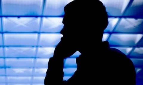 Νέα τηλεφωνική απάτη: Αν κάποιος σας ρωτήσει αυτό, κλείστε αμέσως το τηλέφωνο!