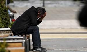 Θλιβερή πραγματικότητα: «Πουλάνε» κοινωνικές παροχές αλλά οι Έλληνες είναι... πάμφτωχοι!