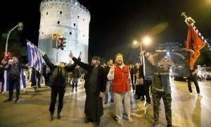 Νέα ένταση και προσαγωγές για την παράσταση «Η Ώρα του Διαβόλου» στη Θεσσαλονίκη (pics&vids)