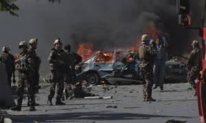 Ρουκέτες χτύπησαν το κέντρο της Καμπούλ