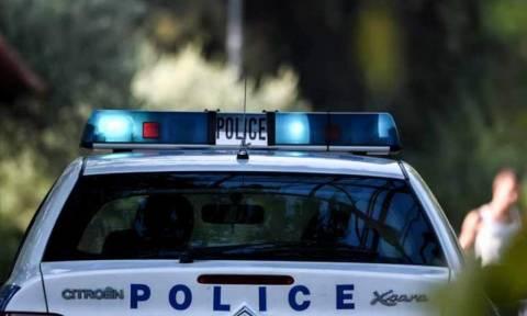 Τρόμος στο Δήλεσι: Ξύπνησαν και βρήκαν στο σπίτι τους 5 κουκουλοφόρους με όπλα και λοστούς