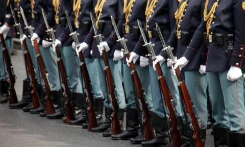 Επίθεση σε Ευέλπιδες: Ανθρωποκυνηγητό για τους δράστες του ξυλοδαρμού στο Μοναστηράκι