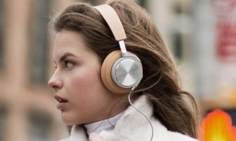 Πώς θα καθαρίσεις στο πι και φι τα ακουστικά σου
