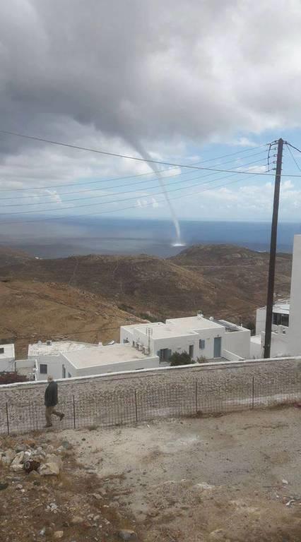 Καιρός: Ο Δαίδαλος «σκέπασε» τη χώρα - Υδροσίφωνας «χτύπησε» τη Σέριφο: Συγκλονιστική εικόνα
