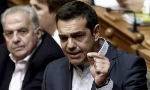 Βουλή: Ο Τσίπρας απαντά στην «Ώρα του Πρωθυπουργού» για τα F-16