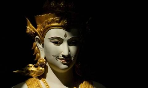 Η Ταϊλάνδη αποχαιρετά τον βασιλιά της με μια τελετή 90 εκατομμυρίων δολαρίων