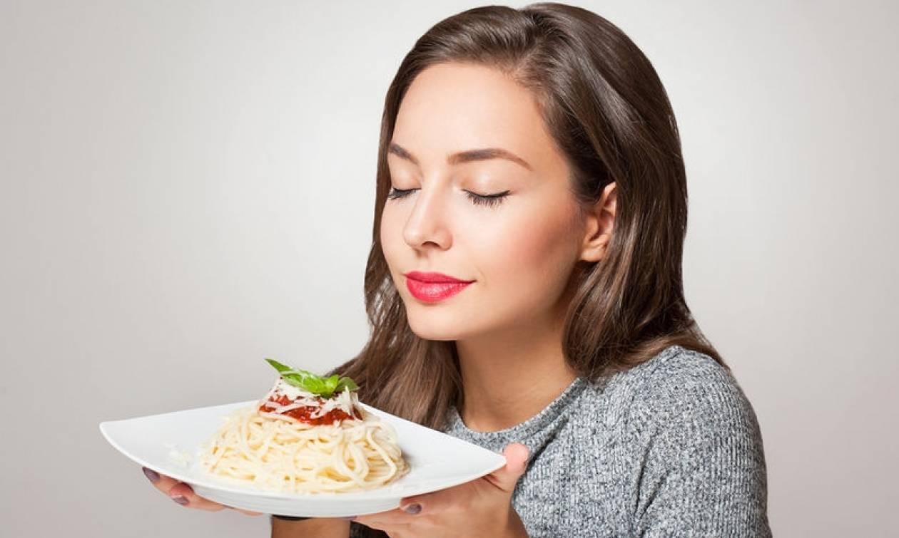 Πώς να τρως λευκά ζυμαρικά και λευκό ψωμί χωρίς να παχύνεις