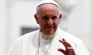 Ο Πάπας μίλησε με τους… ουρανούς: Τι είπε ο Φραγκίσκος στους αστροναύτες του ISS (vid)
