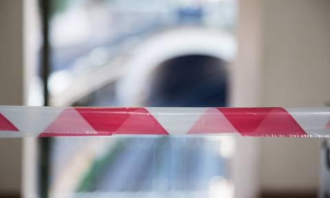Νεκρή η γυναίκα που έπεσε στις γραμμές του Ηλεκτρικού στα Κάτω Πατήσια