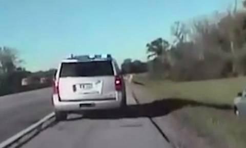 Κινηματογραφική καταδίωξη αυτοκινήτου που «βούτηξε» ένας… 10χρονος! (vid)