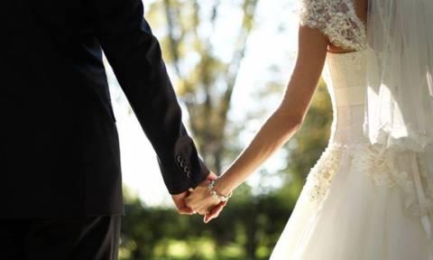 Xαμός σε γάμο στα Τρίκαλα! Οι αποκαλύψεις της πεθεράς «έκαψαν» τη νύφη – Έπαθε σοκ ο γαμπρός