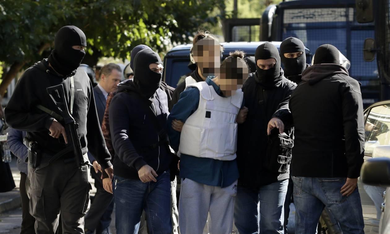 Συγκέντρωση διαμαρτυρίας στα Εξάρχεια για τη σύλληψη του 29χρονου φερόμενου τρομοκράτη