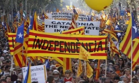 Καταλονία - Deutsche Welle: Λύση η μετατροπή της Ισπανίας σε ομοσπονδιακό κράτος;