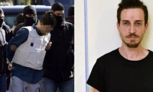 Στα Εξάρχεια η δεύτερη γιάφκα του 29χρονου που έστειλε τα τρομοδέματα
