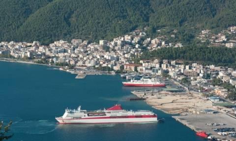 Δεμένα τα πλοία σε Κέρκυρα και Ηγουμενίτσα