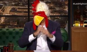 Ο Λιάγκας «στόλισε» τον Αρναούτογλου - Η κότα και οι νέες σπόντες του παρουσιαστή