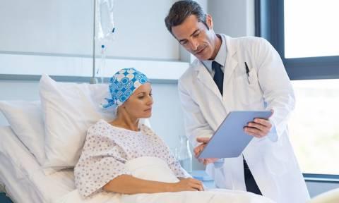 Roche: Δωρεάν το ογκολογικό φάρμακο σε όλους τους ασθενείς μέχρι το τέλος της θεραπείας τους