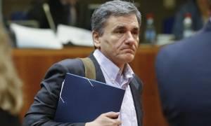 Τσακαλώτος: Η υπεραπόδοση των εσόδων οφείλεται στις μεταρρυθμίσεις και την αύξηση των εργαζομένων