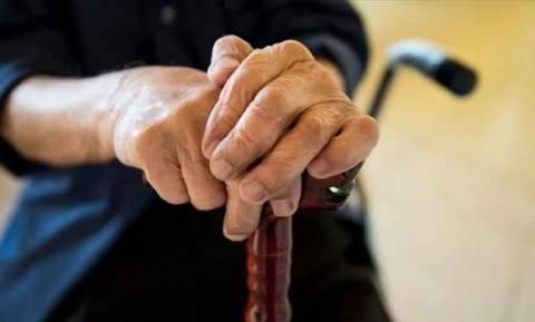 «Τροπολογία-όνειδος για χήρες, χήρους και ορφανά τέκνα» - Τι καταγγέλλουν οι συνταξιούχοι