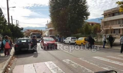 Λαμία: Αυτοκίνητο παρέσυρε μαθήτρια έξω από Δημοτικό Σχολείο