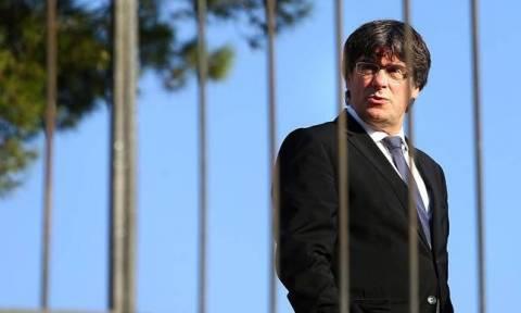 Καταλονία: Έκκληση για ενωμένο πολιτικό μέτωπο από τον Πουτζντεμόν