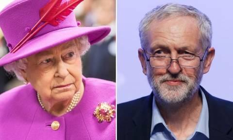 Paradise Papers: Ο Κόρμπιν ζητά από τη βασίλισσα να απολογηθεί