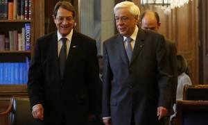 Συναντήσεις Παυλόπουλου-Τσίπρα-Αναστασιάδη ενόψει της επίσκεψης Ερντογάν
