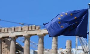 Ανάπτυξη 1,6% το 2017 και 2,5% το 2018 «βλέπει» η Κομισιόν για την Ελλάδα