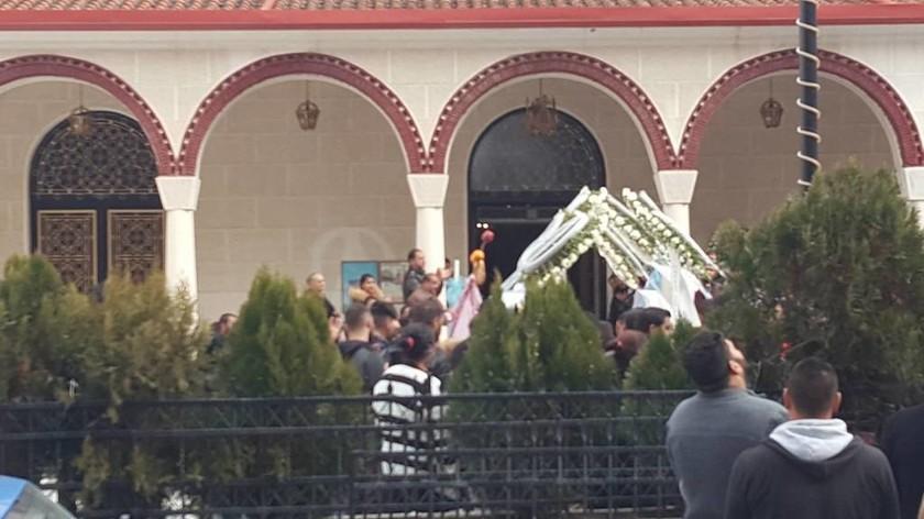 Λάρισα: Θρήνος και οργή στην κηδεία του αγοριού που παρασύρθηκε από τρένο
