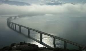Εντυπωσιακό βίντεο από την υψηλή γέφυρα Σερβίων με την εναλλαγή του καιρού