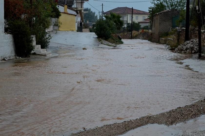 ΕΚΤΑΚΤΟ: Η «Ευρυδίκη» σκέπασε την Ελλάδα - Ποιες περιοχές «σαρώνει» η κακοκαιρία
